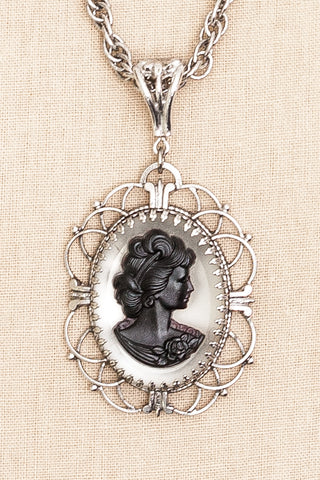 50's__Whiting Davis__Cameo Necklace