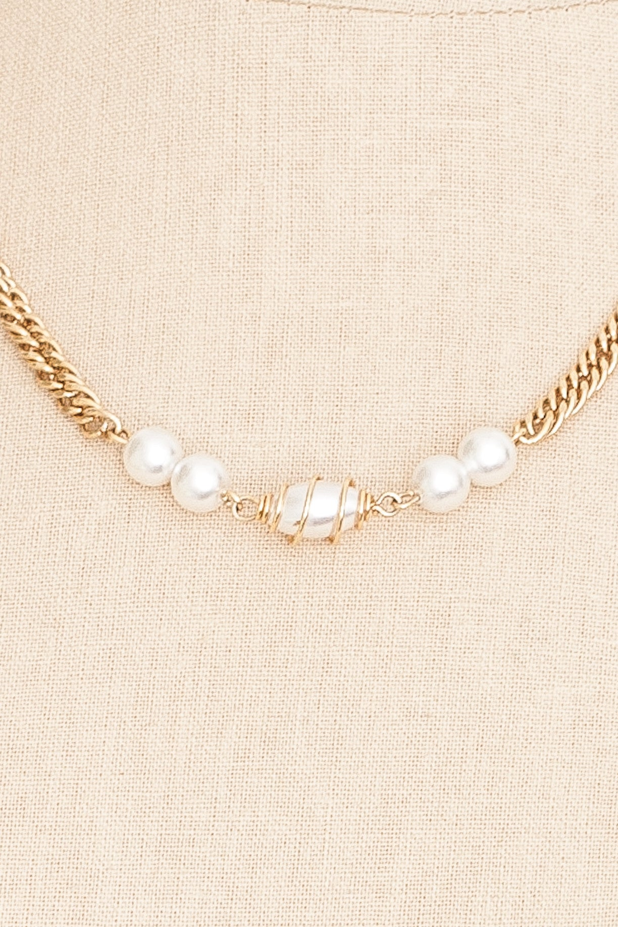70's__Sarah Coventry__Pearl Long Chain Necklace