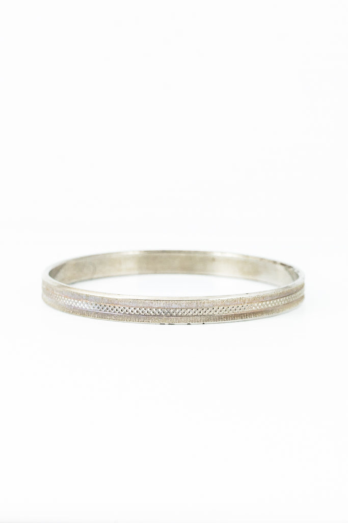 60's__Monet__Etched Silver Bangle