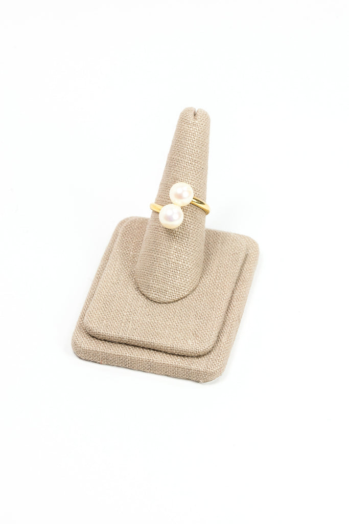 60's__Vintage__Twisted Pearl Ring
