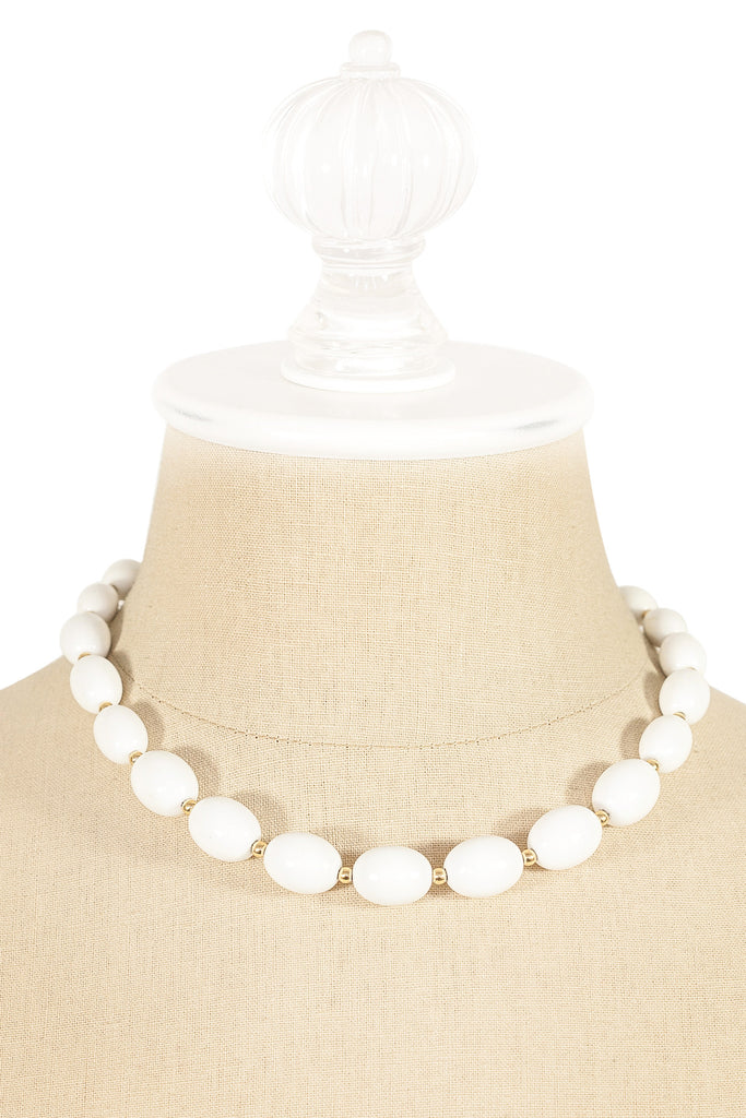 80's__Monet__White Beaded Necklace