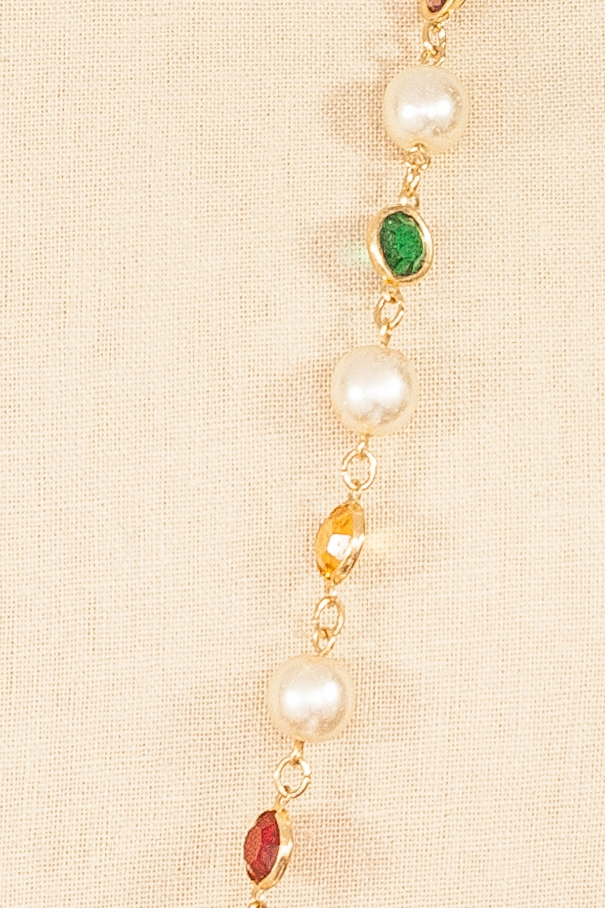 80's__Vintage__Pearl and Crystal Necklace