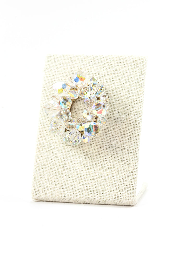 50's__Vintage__Cyrstal Wreath Brooch