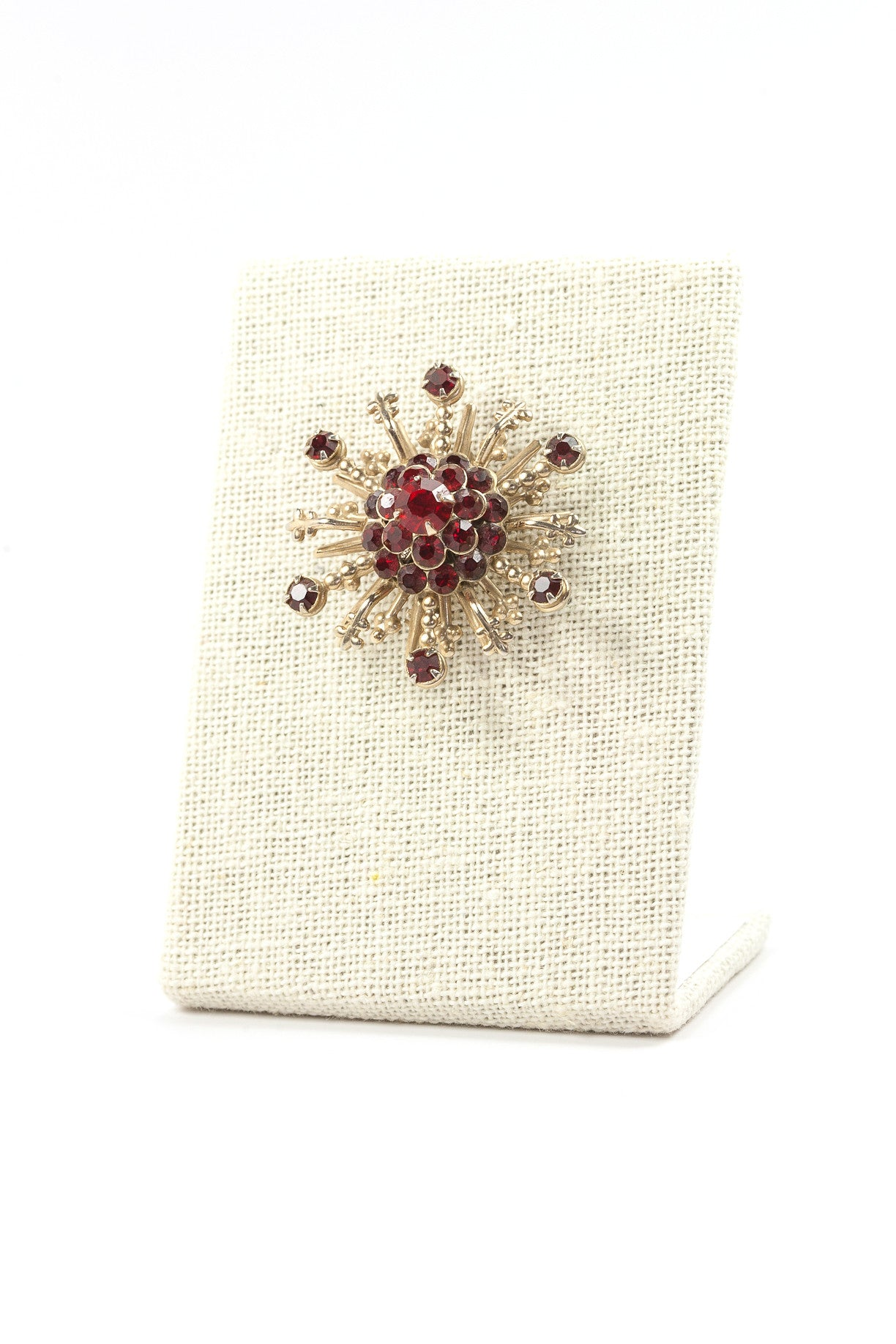 50's__Vintage__Red Rhinestone Burst Brooch
