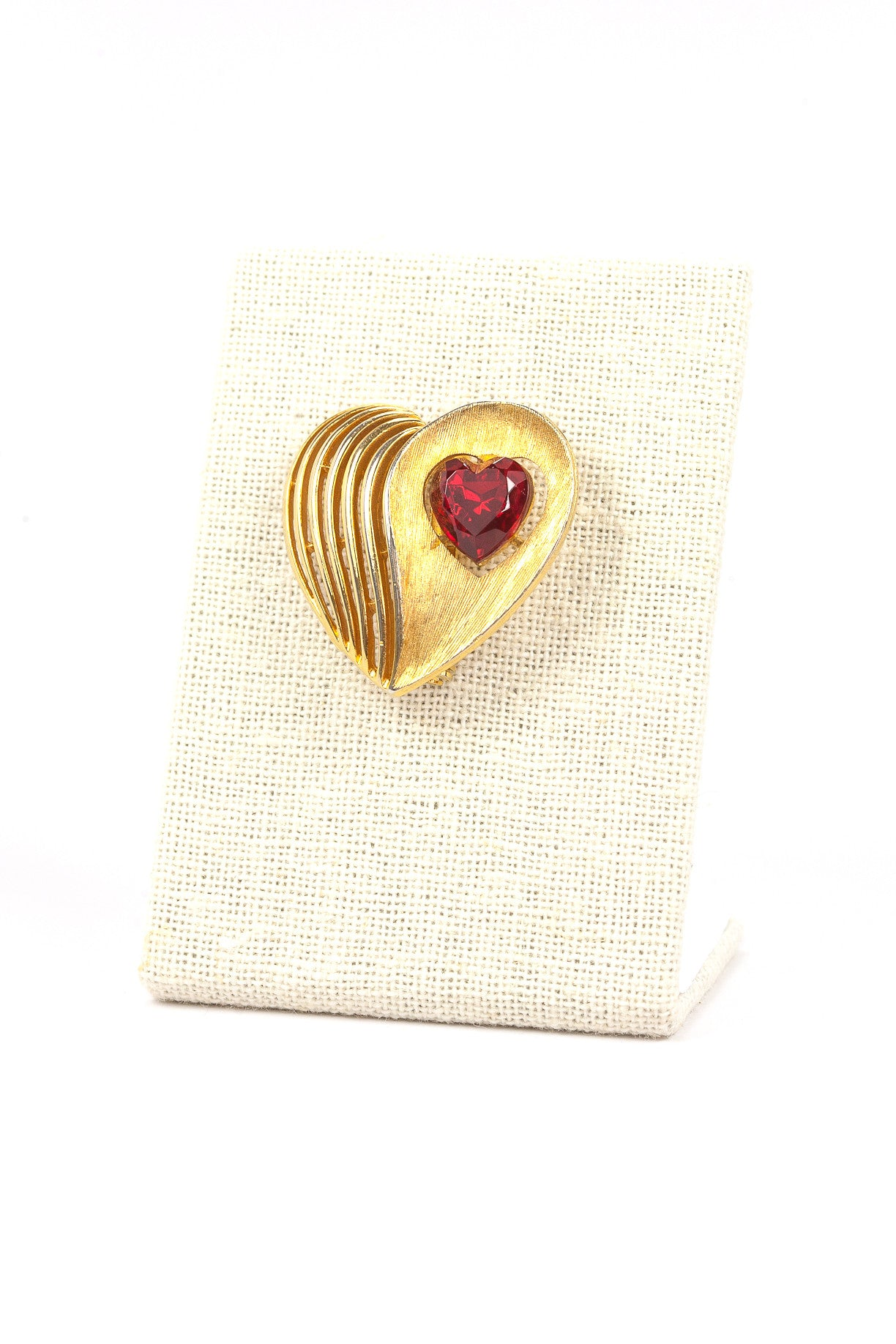 60's__JJ__Red Rhinestone Heart Brooch