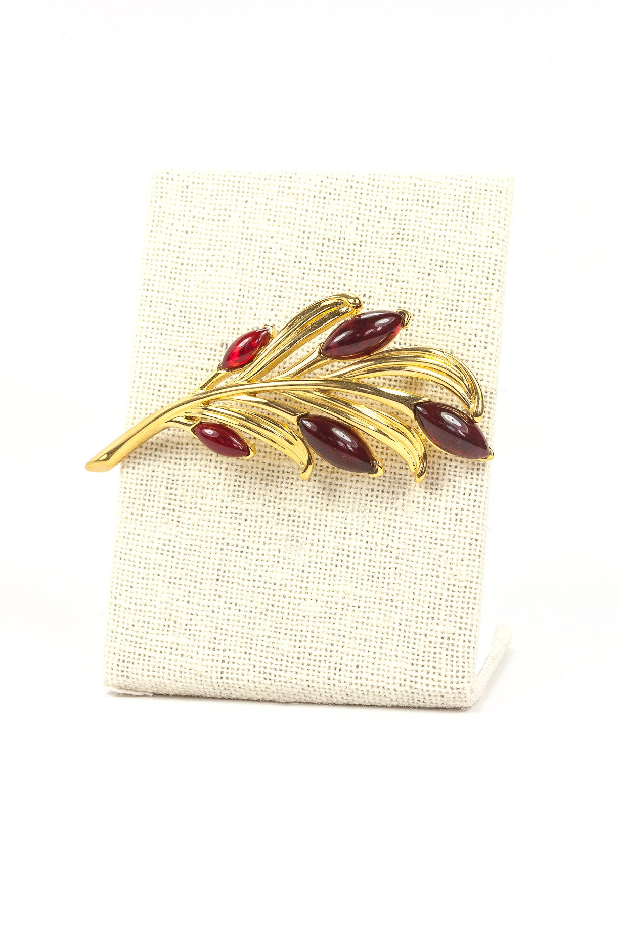 90's__Trifari__Red Feather Brooch