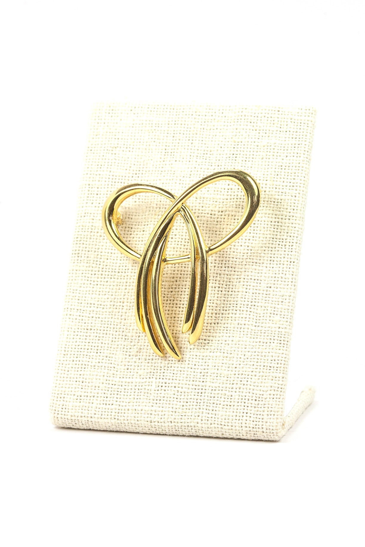 60's__Trifari__Simple Ribbon Brooch
