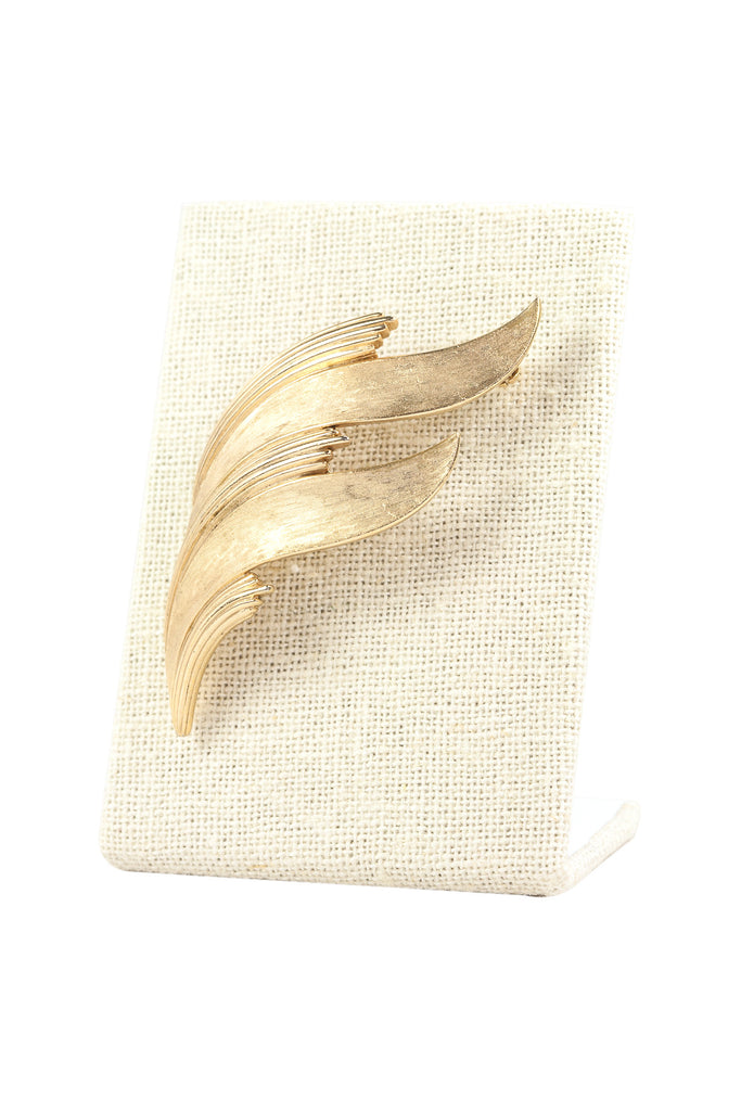 50's__Trifari__Leaf Bar Brooch