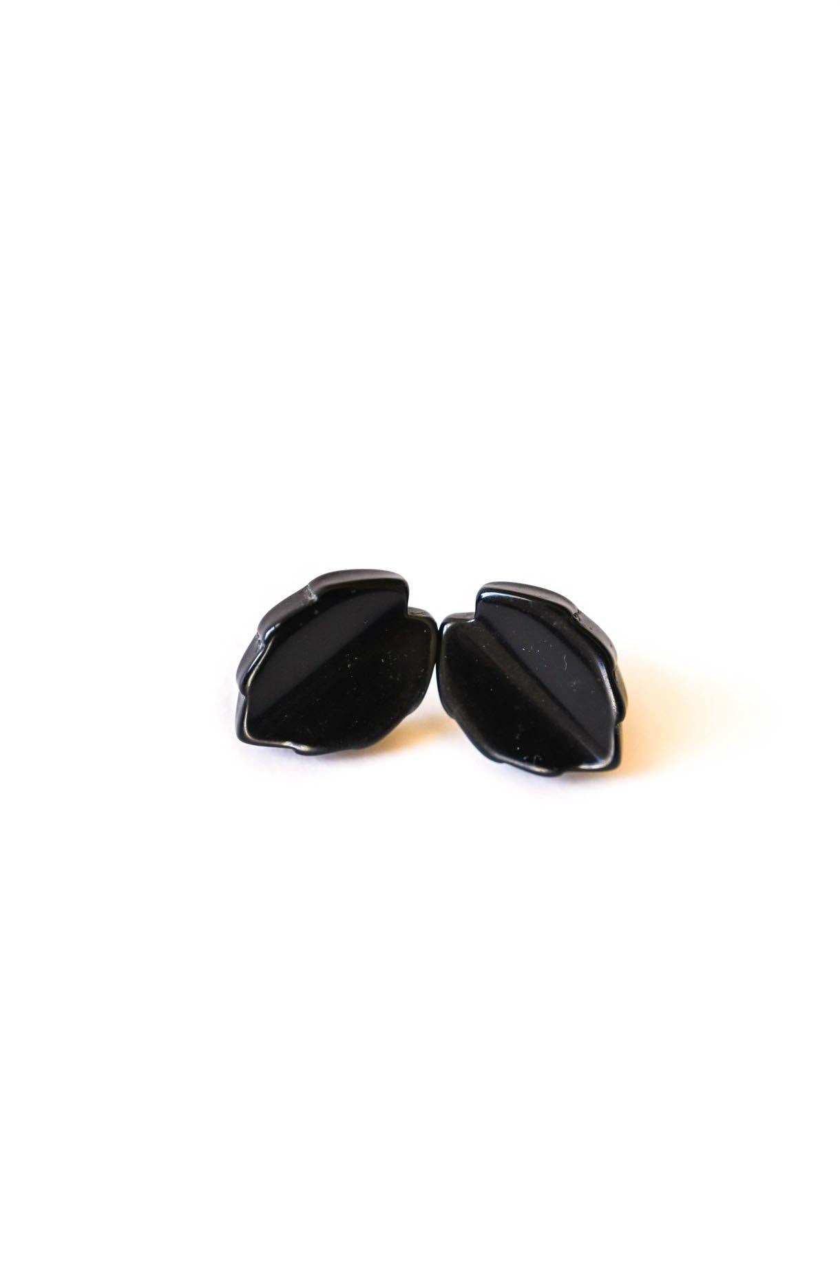 Black Leaf Pierced Earrings
