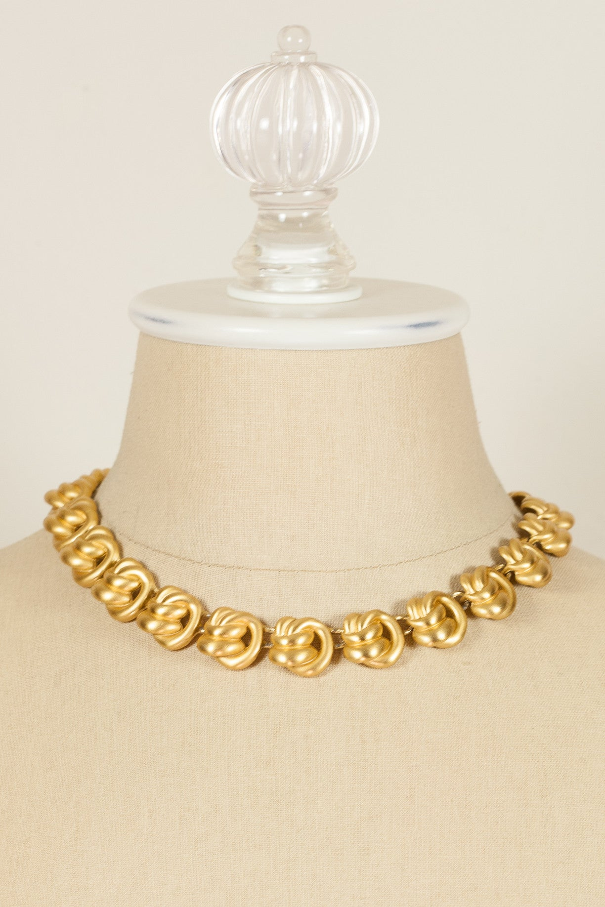 90's__Anne Klein__Gold Knot Necklace