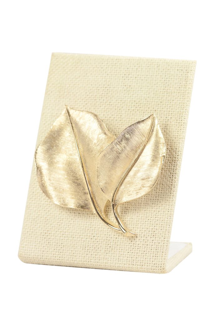 50's__Trifari__Simple Leaf Brooch
