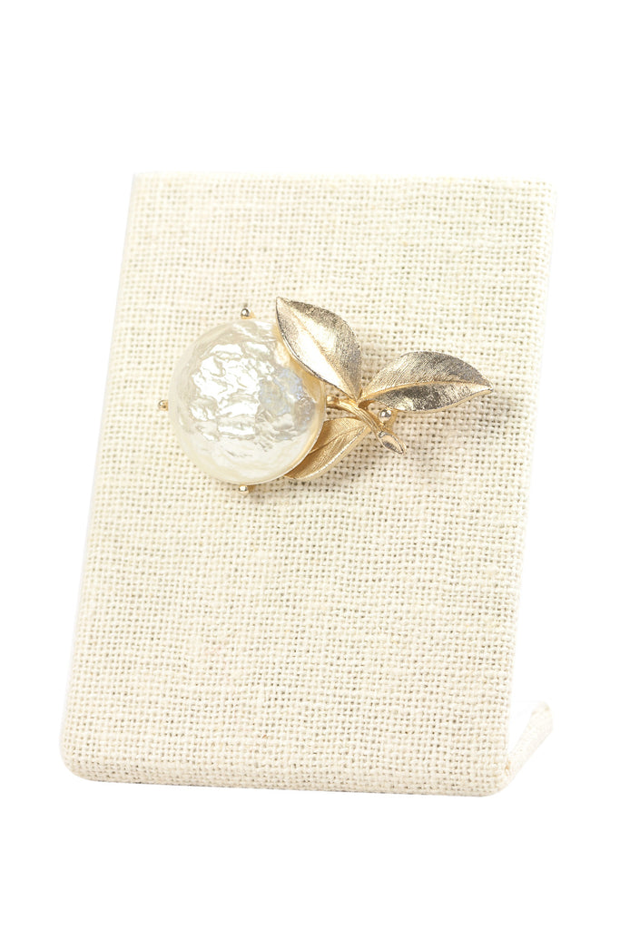 50's__Sarah Coventry__Pearl Brooch