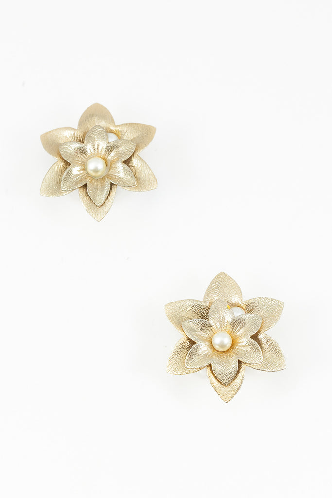 70's__Sarah Coventry__Statement Flower Clip-on Earrings