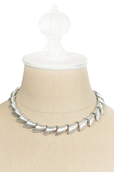 60's__Coro__Silver Scallop Necklace