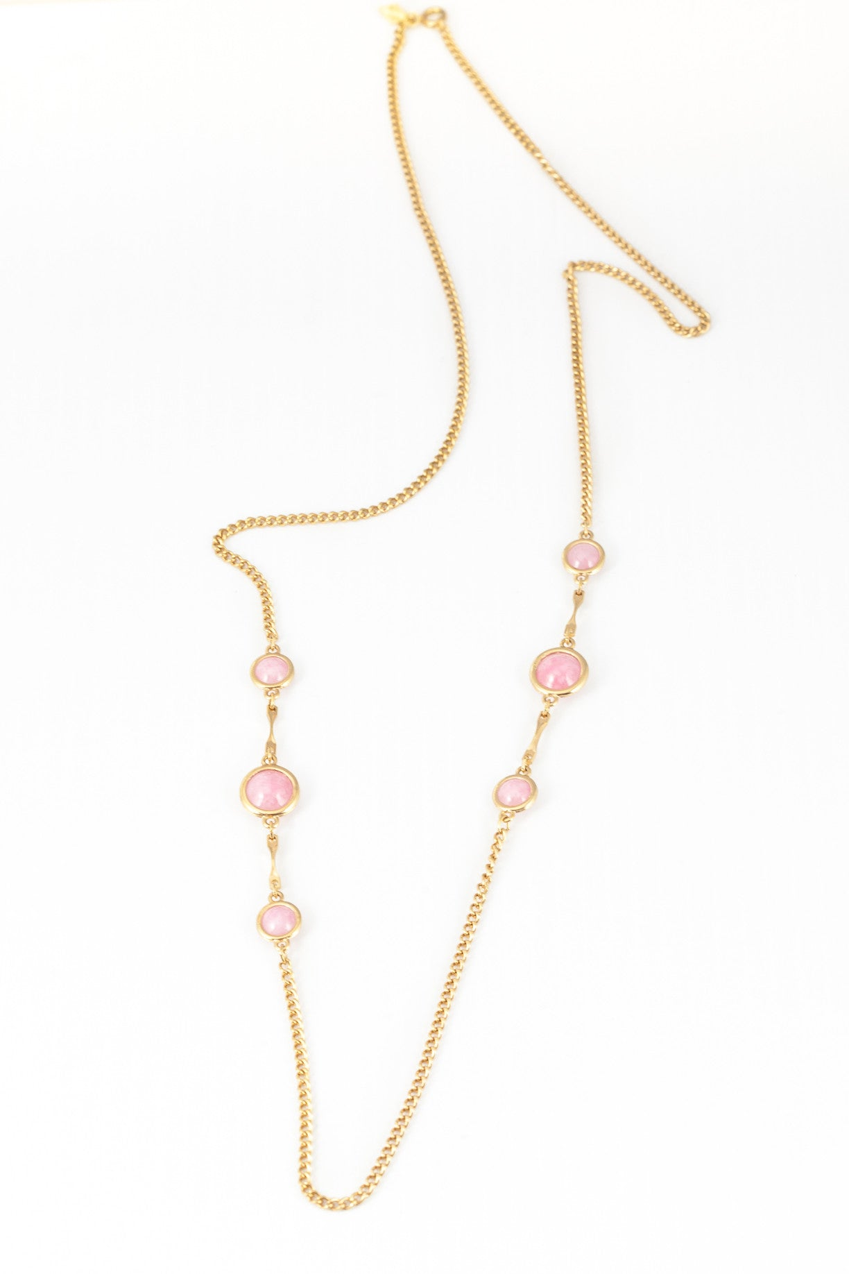 70's__Sarah Coventry__Muted Pink Disc Necklace