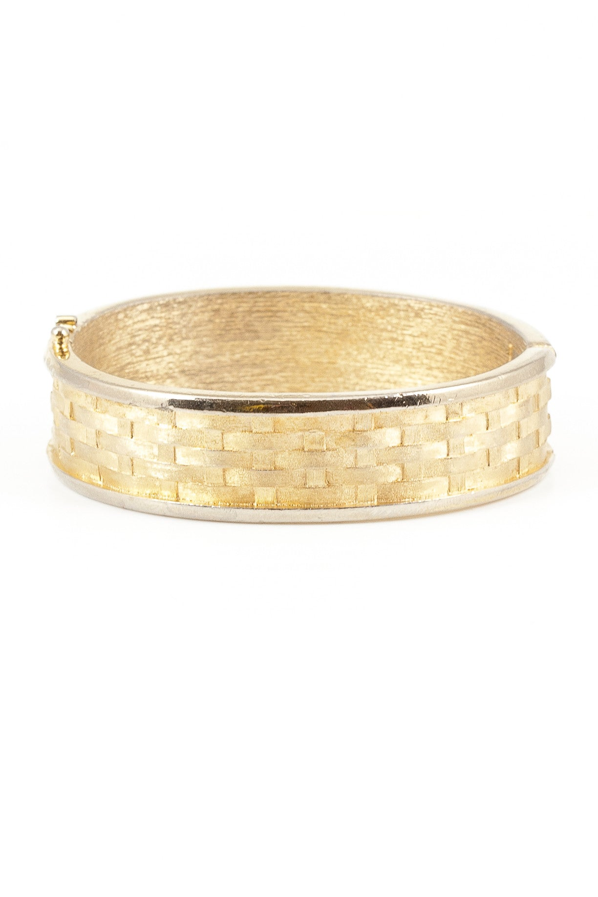 70's__Vintage__Basket Weave Bangle