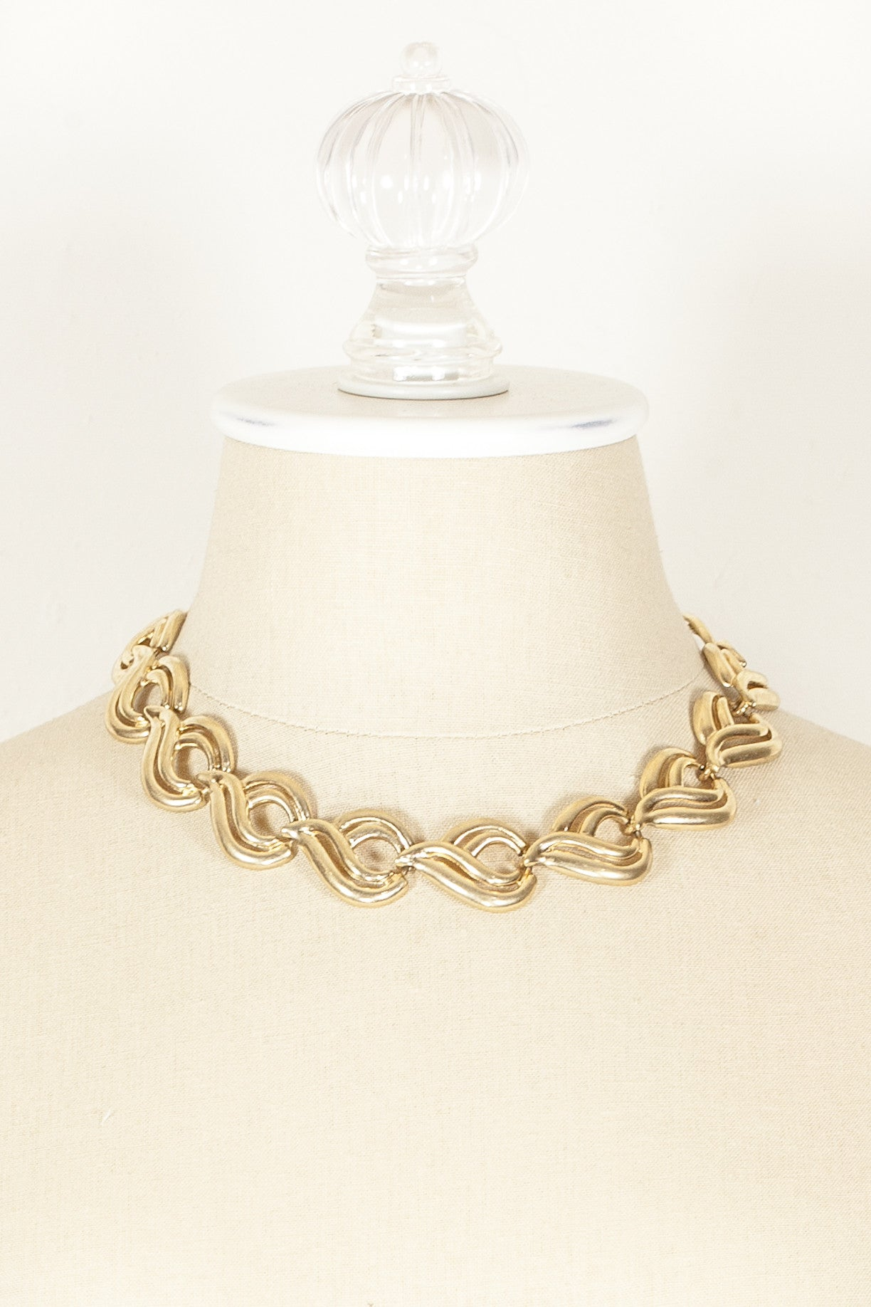 70's__Krementz__Swirl Statement Necklace