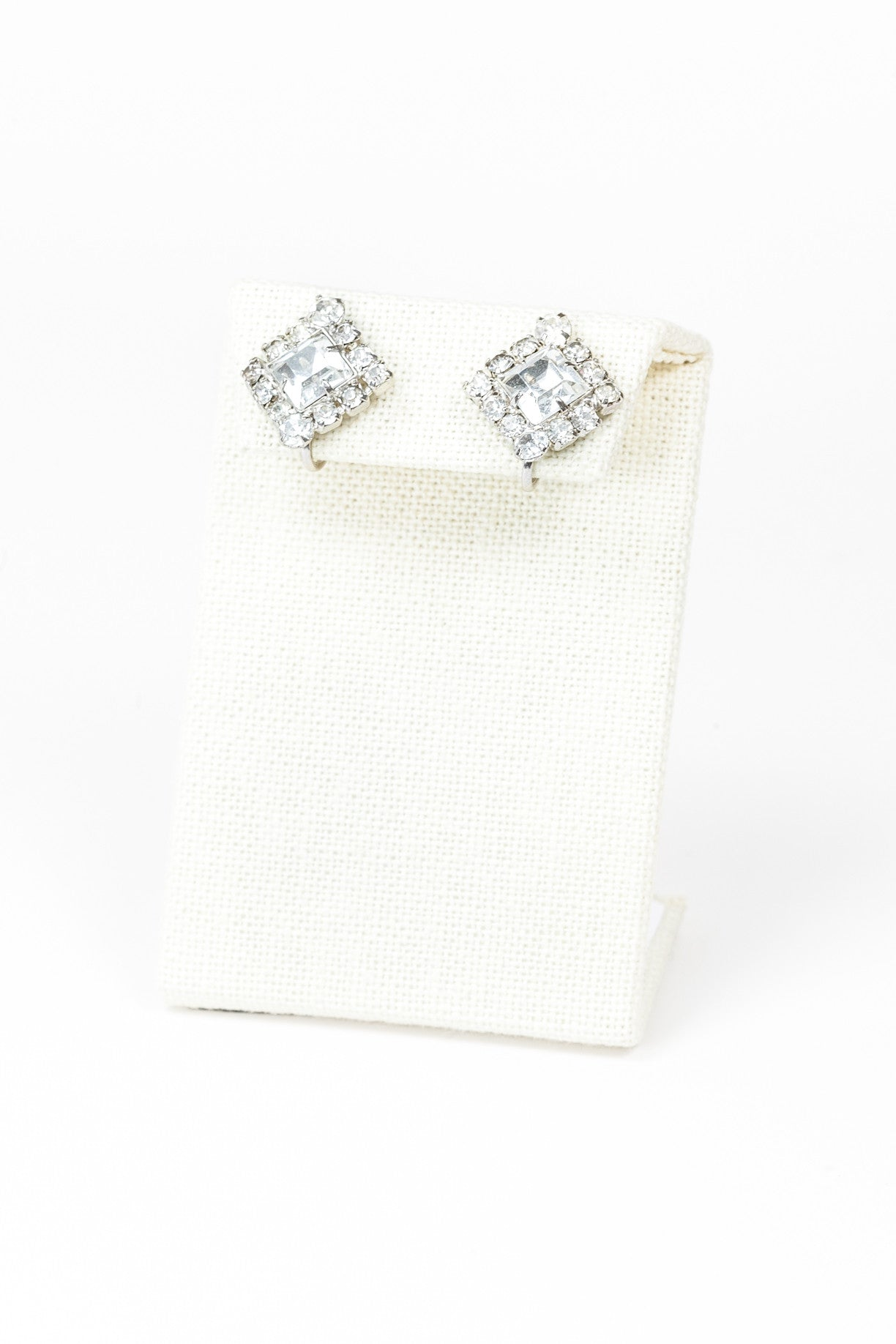 60's__Vintage__Classic Diamond Rhinestone Earrings