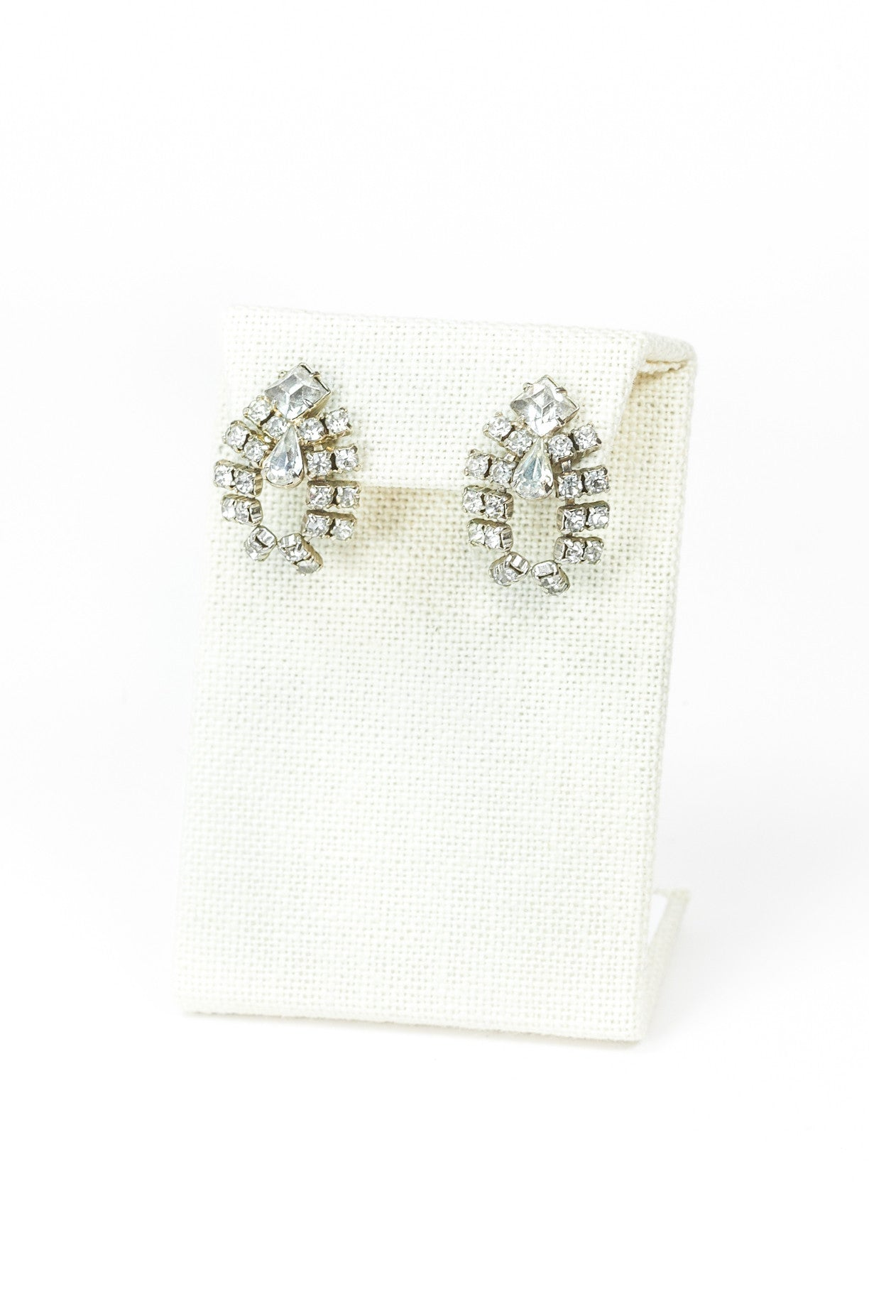 60's__Vintage__Teardrop Rhinestone Earrings