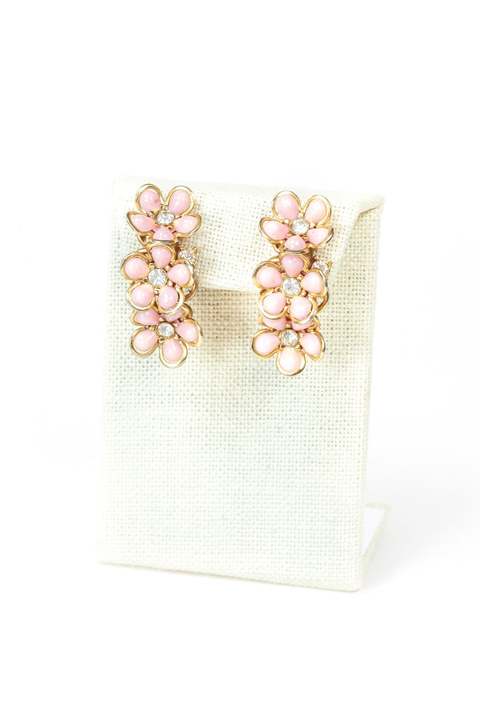 60's__Vintage__Pink Daisy Earrings