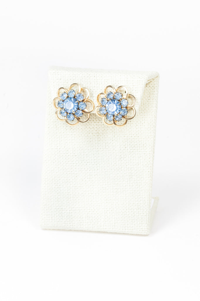 60's__Vintage__Blue Lace Flower Earrings