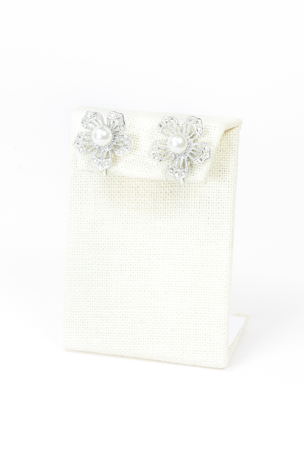 60's__Sarah Coventry__Pearl Floral Earrings