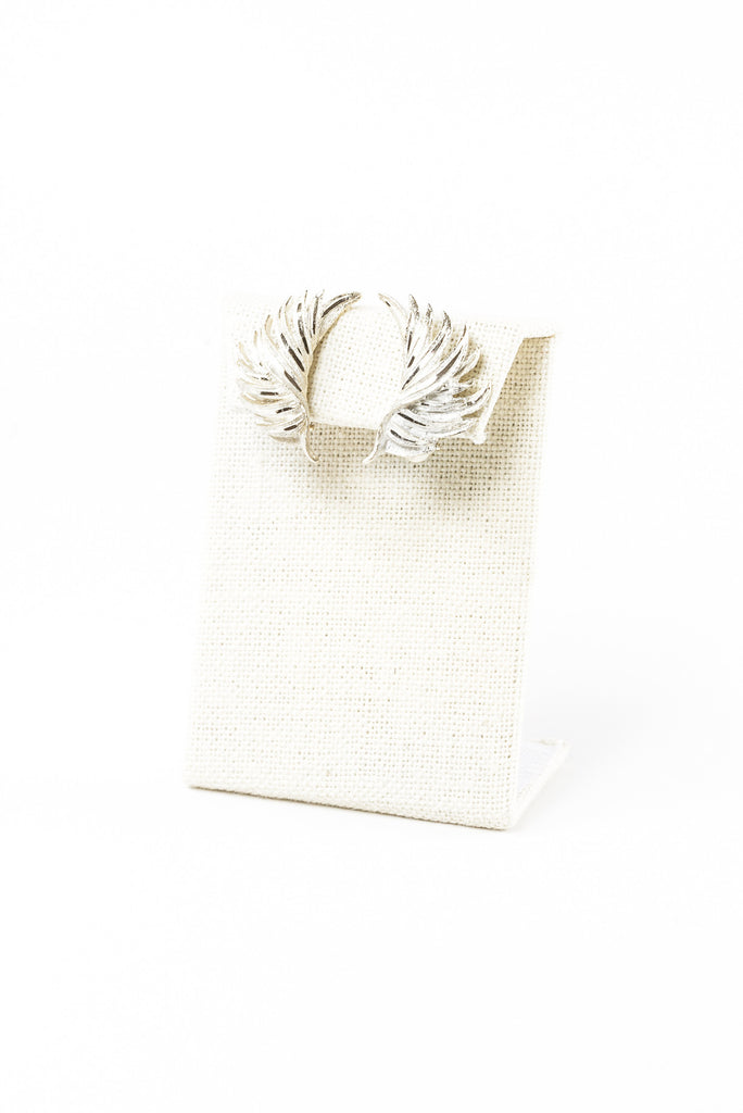 60's__BSK__Silver Feathered Clips