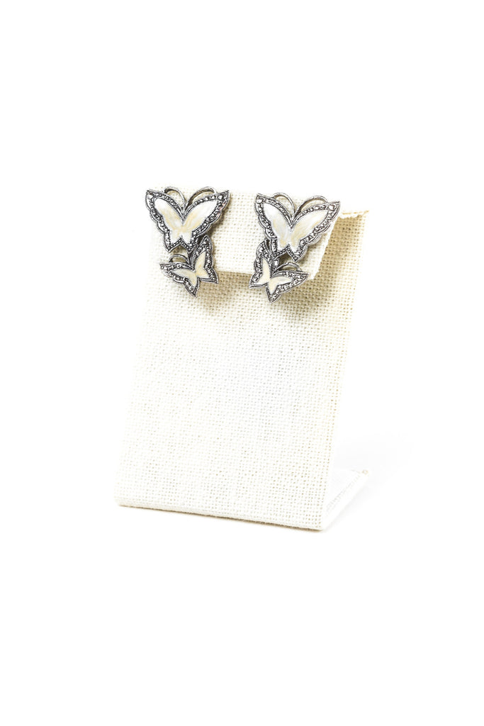 80's__Avon__Cream Butterfly Earrings