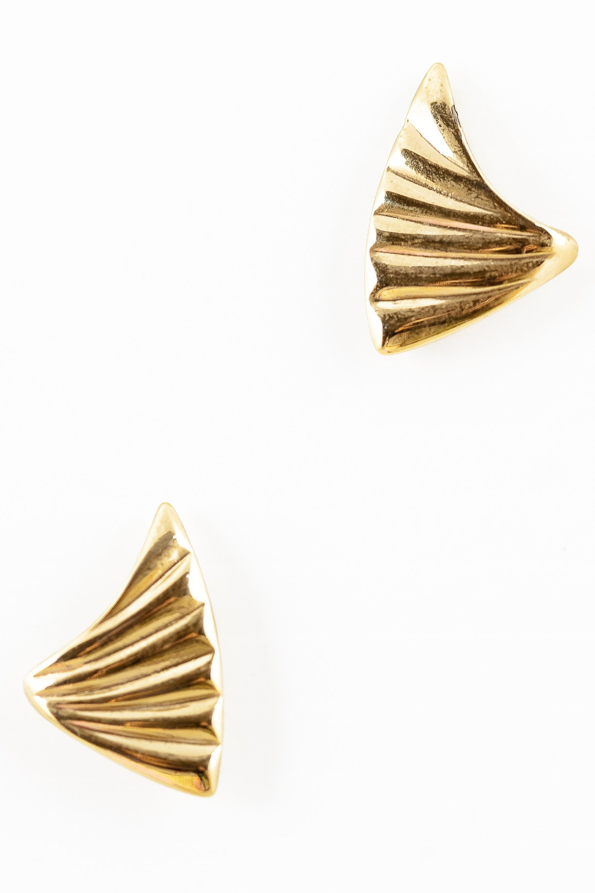 70's__Vintage__Pointed Triangle Earrings