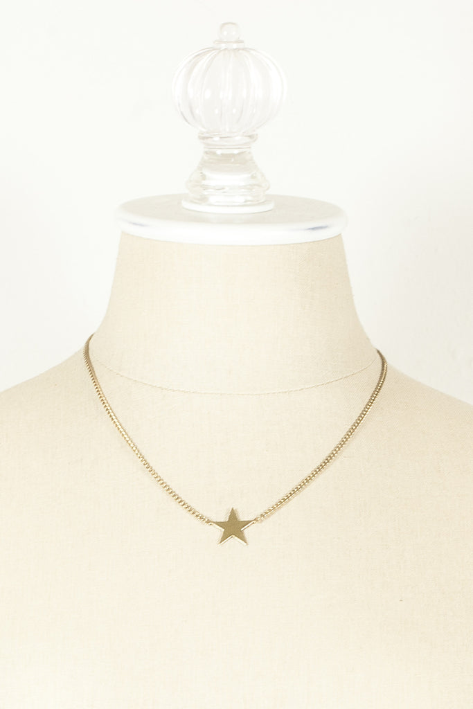 80's__Avon__Star Charm Necklace