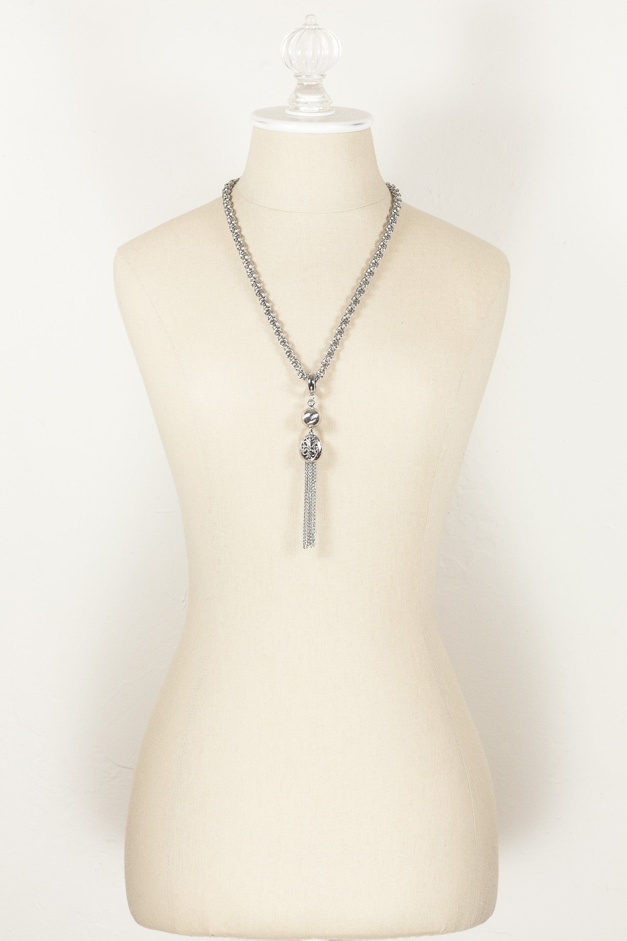 50's__Taylor Ltd.__Classic Silver Tassel Necklace