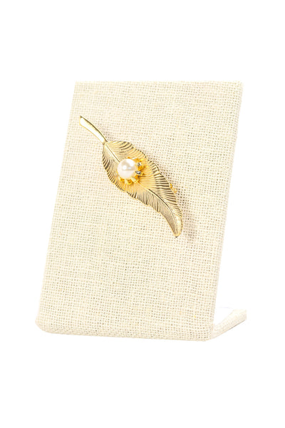 60's__Vintage__Pearl Feather Brooch