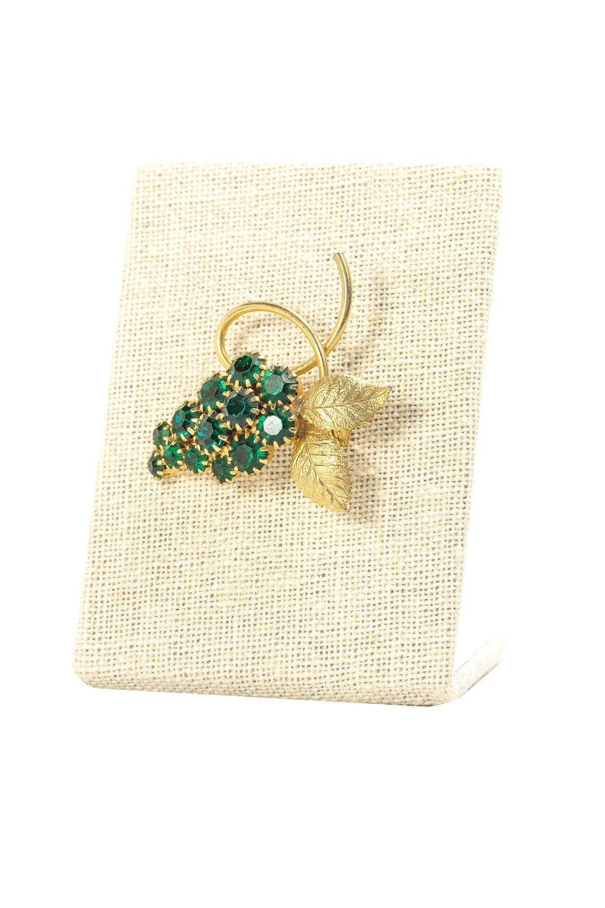 50's__Vintage__Emerald Bunches Brooch