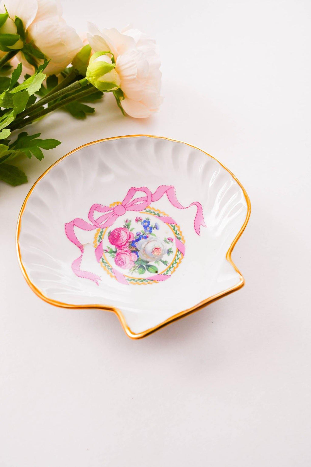 Bow Shell Trinket Dish