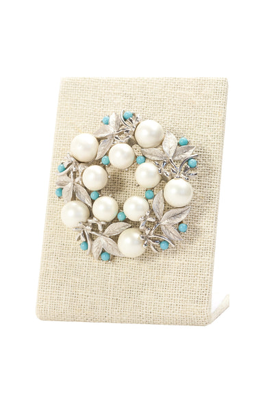 60's__Sarah Coventry__Pearl Wreath Brooch