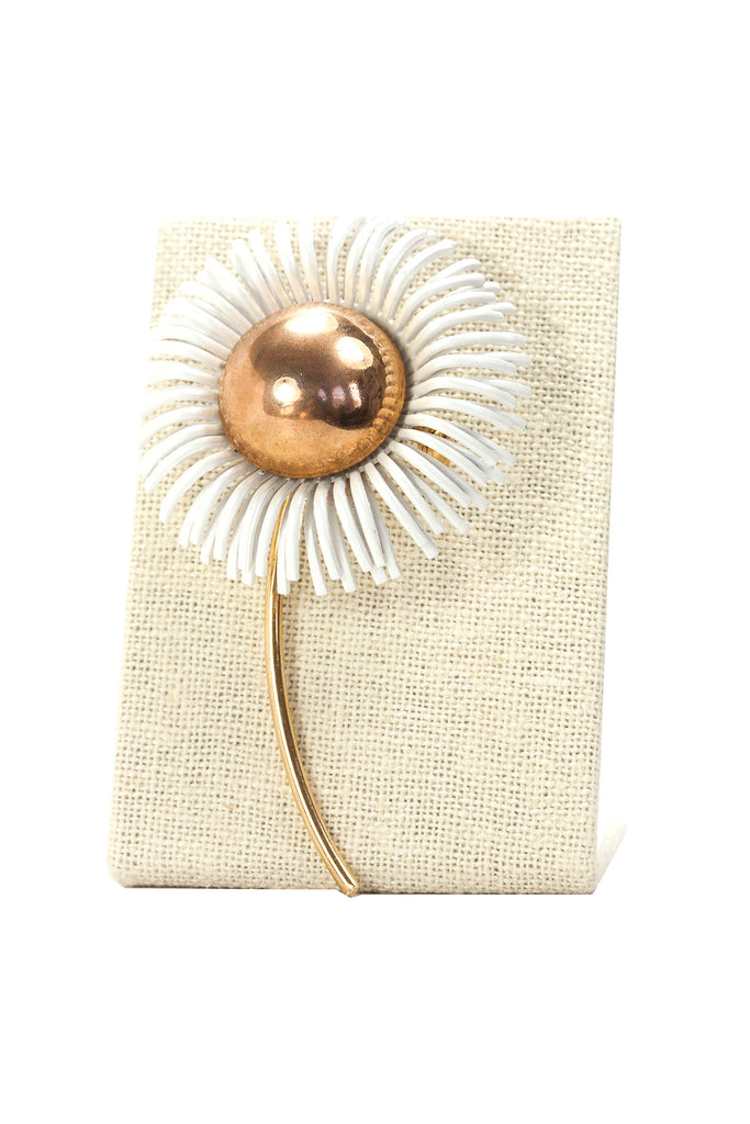 60's__Vintage__White Burst Brooch