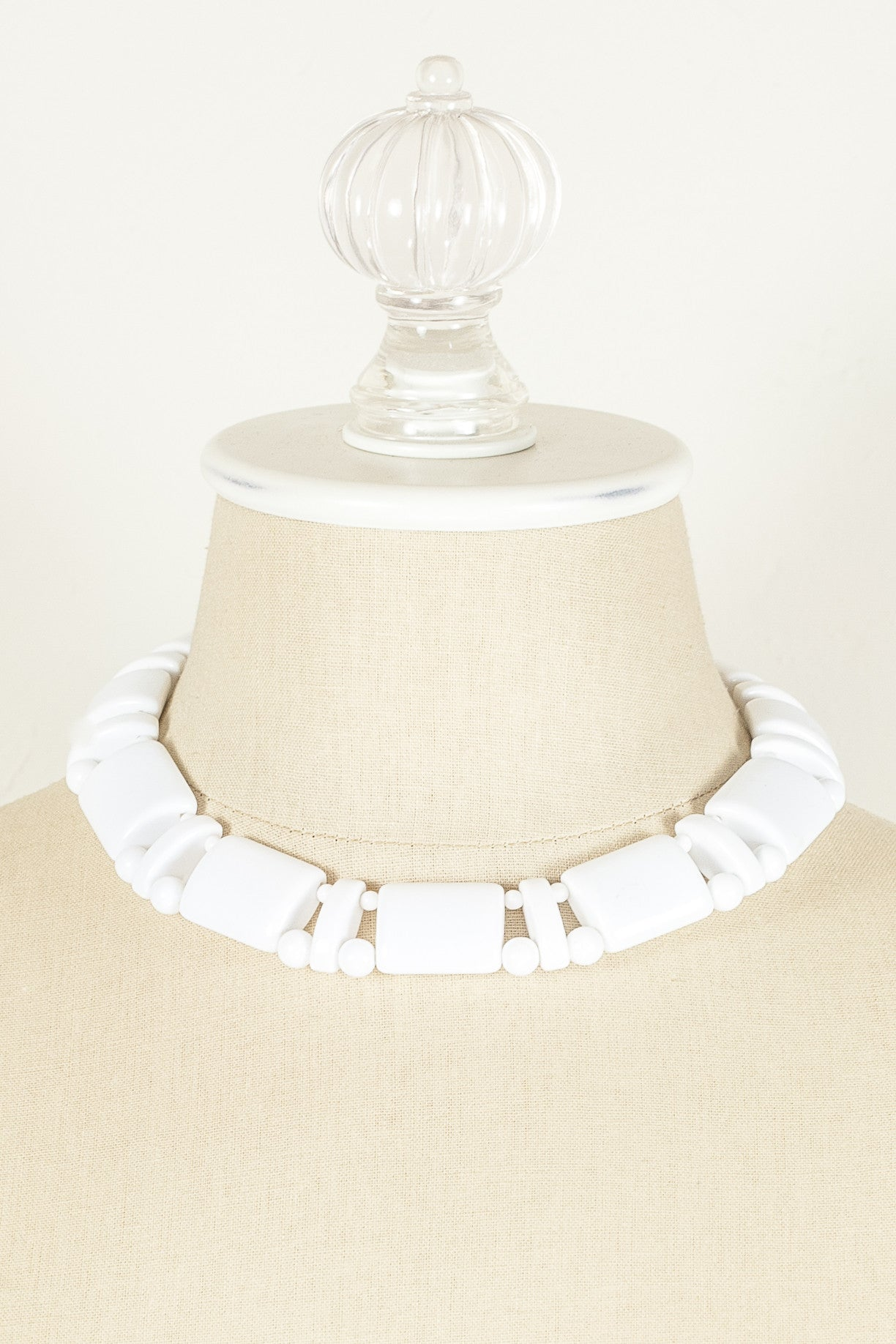 60's__Monet__White Beaded Collar Necklace