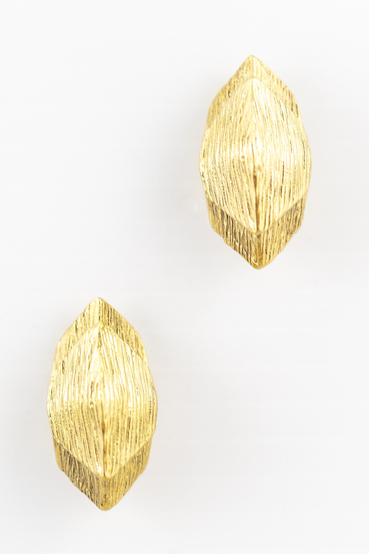 70's__Vintage__Chunky Stacked Earrings