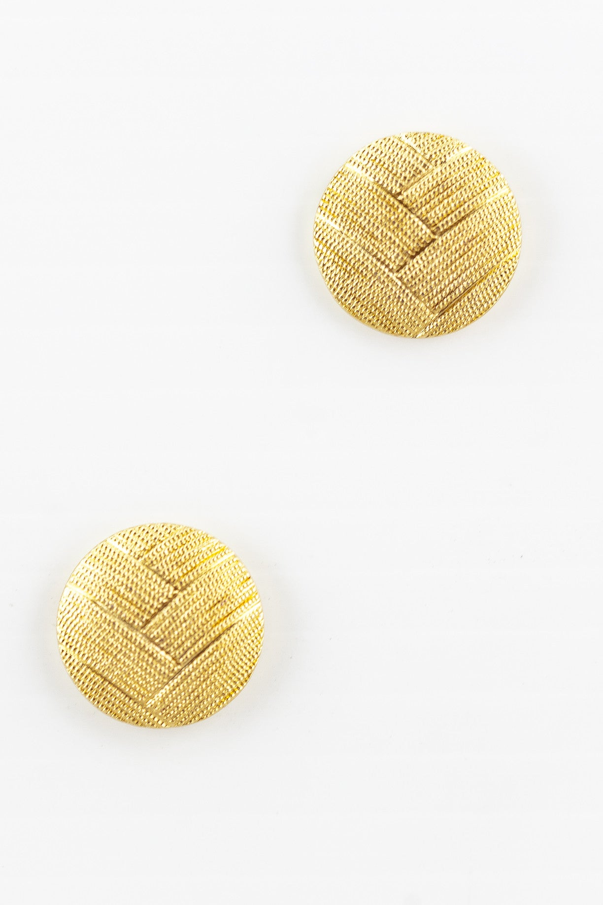 80's__Monet__Etched V Circle Earrings