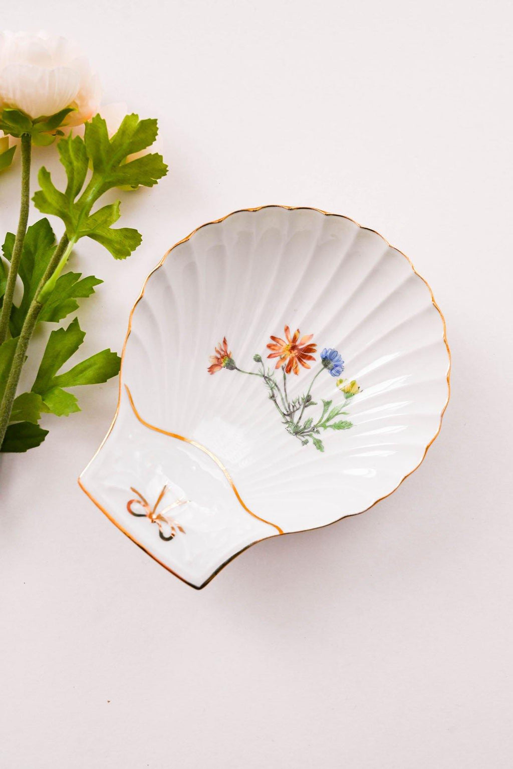 Large Shell Trinket Tray