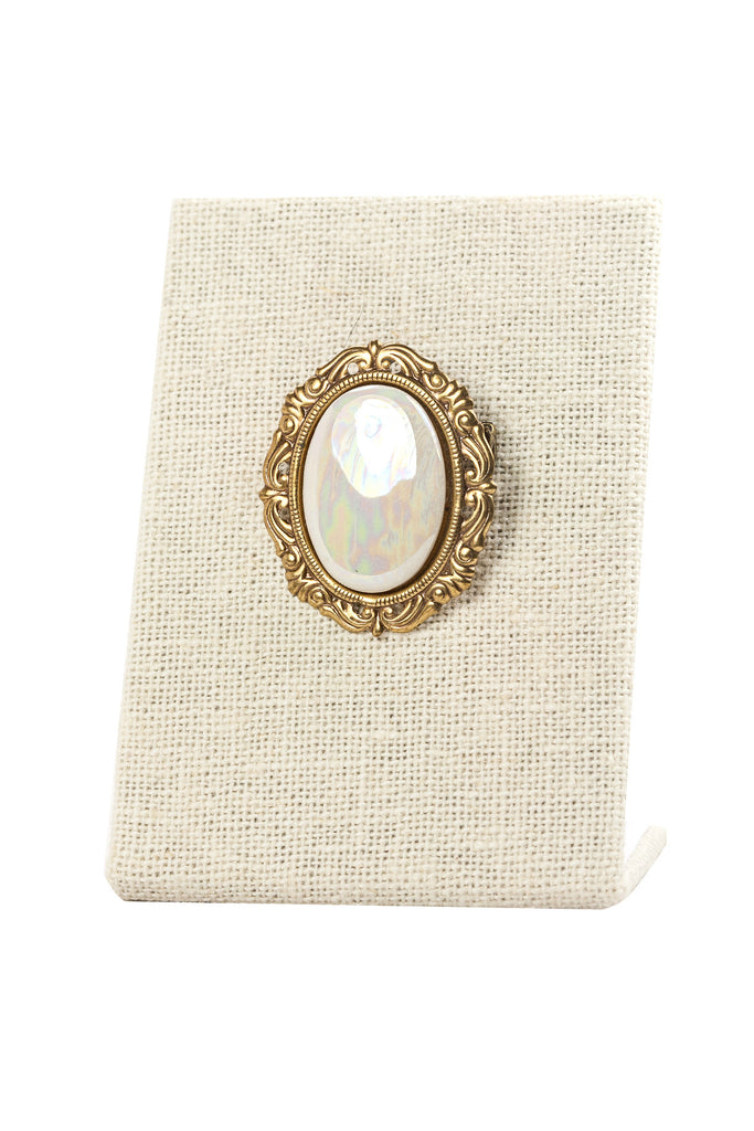 50's__Vintage__Mother of Pearl Brooch