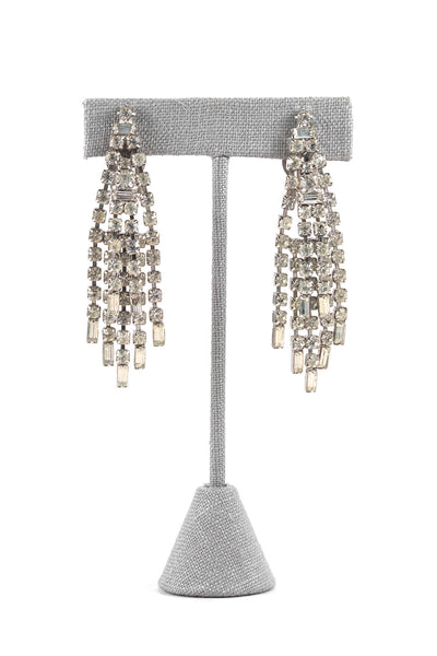 60's__Weiss__Rhinestone Fringe Clip-on Earrings