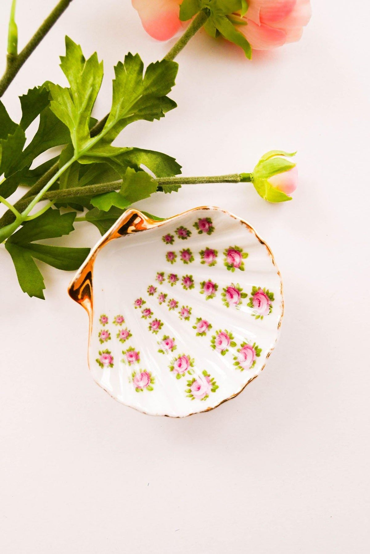 Vintage Floral Shell Trinket Dish from Sweet and Spark.