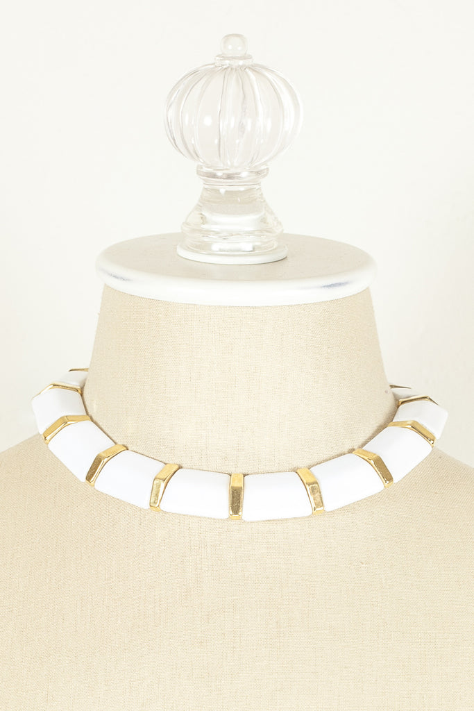 70's__Napier__Bold White & Gold Collar Necklace