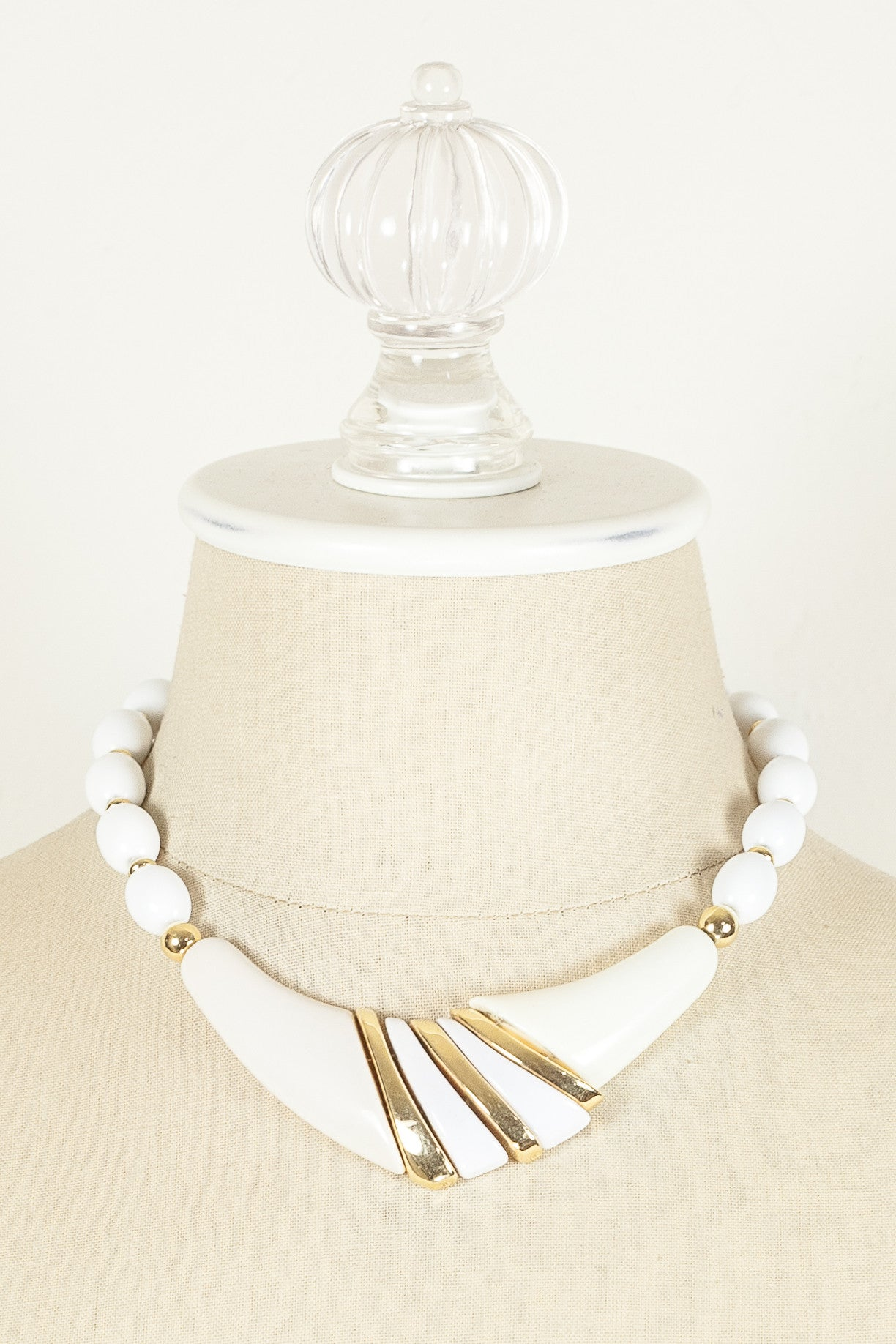 70's__Trifari__White Bead & Gold V Necklace