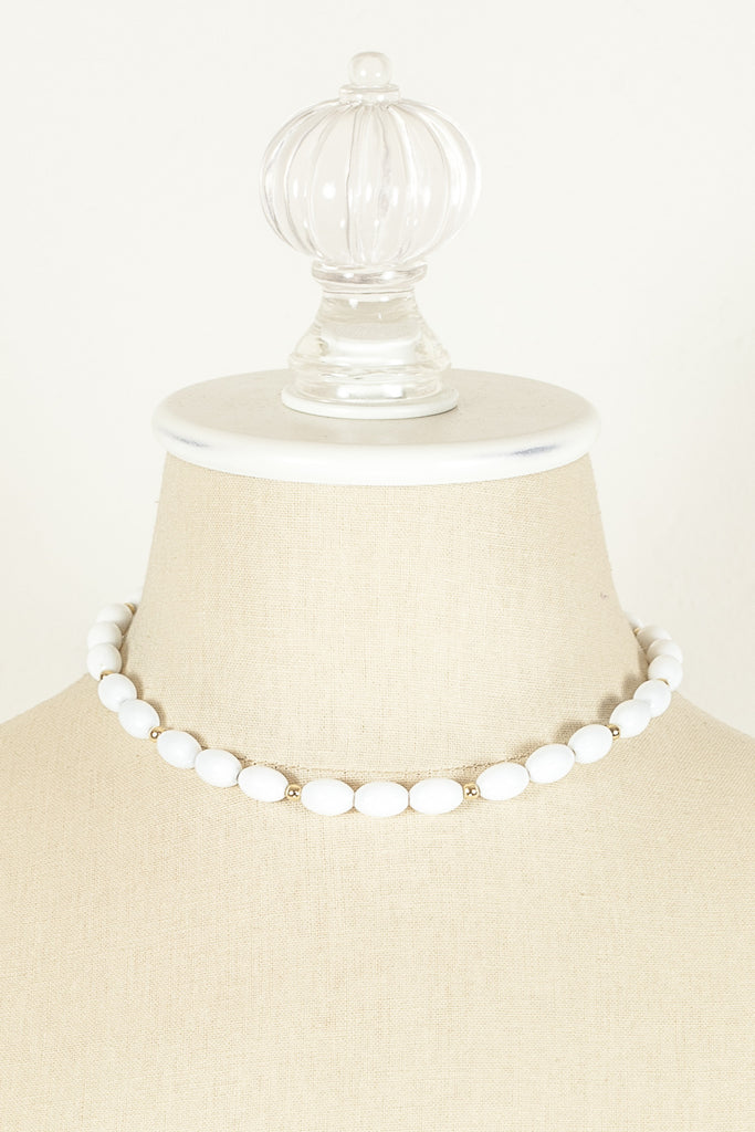 70's__Monet__Simple White Bead Necklace
