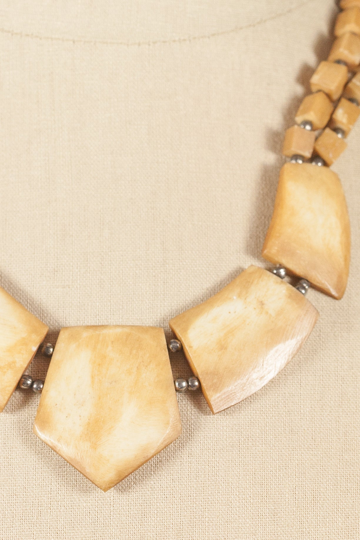 70's__Vintage__Bone Necklace