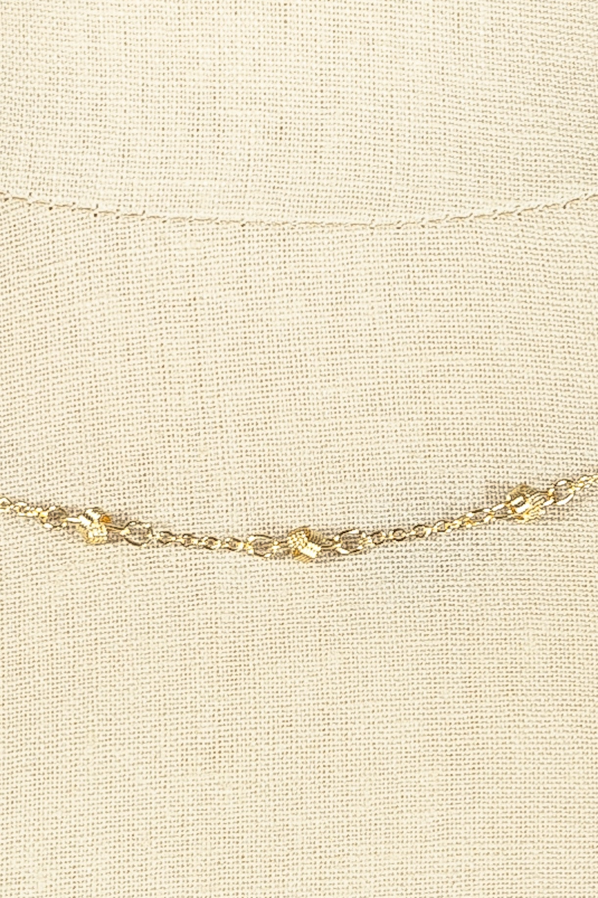 80's__Trifari__Dainty Gold Knot Necklace
