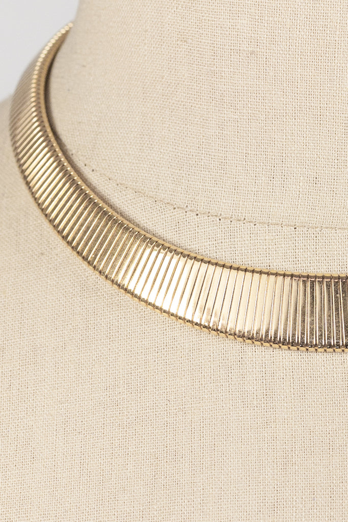 80's__Monet__Classic Omega Necklace