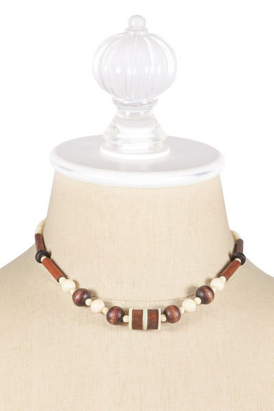 70's__Vintage__Neutral Wooden Necklace